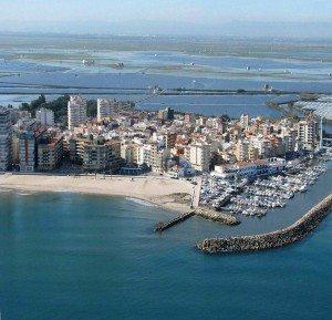 Platja i port d'El Perelló