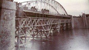 Construcció del pont fa 100 anys