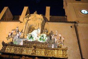 La patrona a l'eixida de Santa Caterina