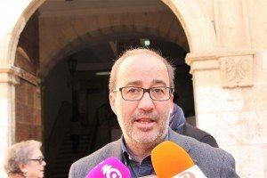 L'alcalde Diego Gómez ahir