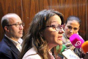 Mónica Oltra junt l'alcalde hui a Alzira