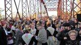 El pont ahir durant la festa commemorativa