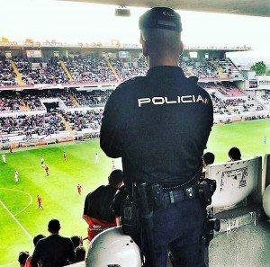 Policia Nacional agressió camp futbol