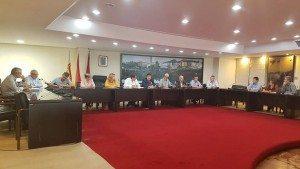 La reunió s'ha celebrat al saló de sessions d'Alzira