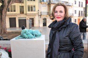 """Negueroles hui amb l'escultura """"Callejeros"""""""