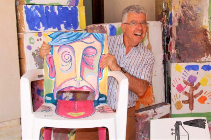Alfred Aranda en el claustre de la Casa de la Cultura